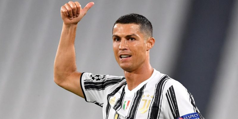 Cristiano Ronaldo – Tuổi 35 vẫn chạy tốt trong năm Covid