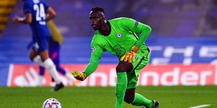 Trắng lưới trước West Ham United,  Édouard Mendy thiết lập thành tích ăn đứt Kepa